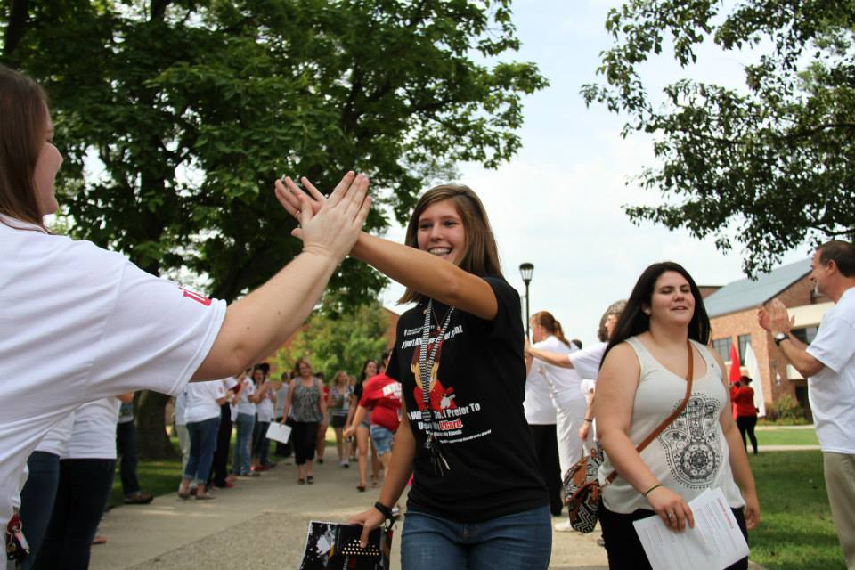New students are welcomed to campus by IU Southeast faculty and staff.