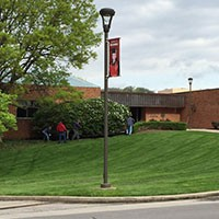 IU Southeast volunteers complete 2015 Campus Beautification Day