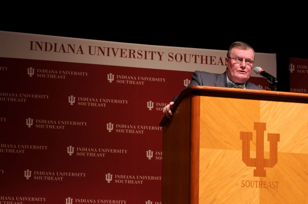 Chancellor Ray Wallace addressed IU Southeast faculty and staff in the annual State of the Campus report.