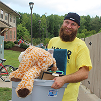 Helping hands and big smiles mark Move-In Day at IU Southeast