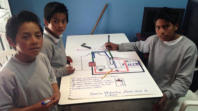 Boys from San Gerardo write thank-you note to IUS