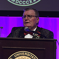 IU Southeast's Chancellor's Medallion Dinner brings in $145,000