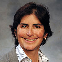 IUS Faculty Angela Salas