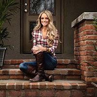 "Star of HGTV's ""Rehab Addict"" Nicole Curtis to discuss entrepreneurship at IU Southeast"